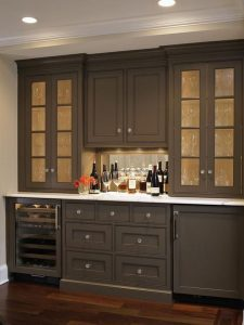 Built-In Buffets Are An Entertainers Dream!